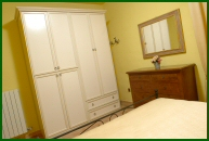 Umbria - Villa Collepera: double bedroom